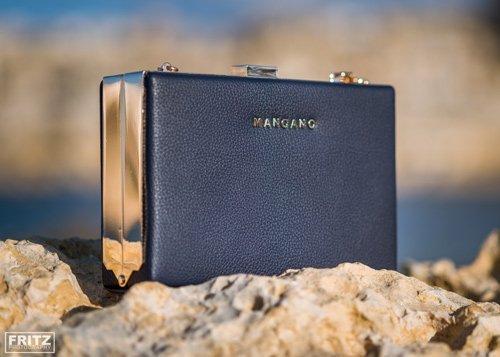 Blog on Life Fashion MANGANO blue gold clutch