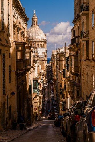 Blog on Life Malta Valletta sloping streets