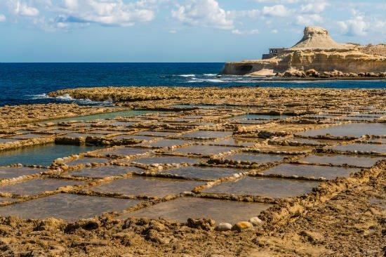 Blog on Life Travel Malta Gozo Qbajjar salt pans