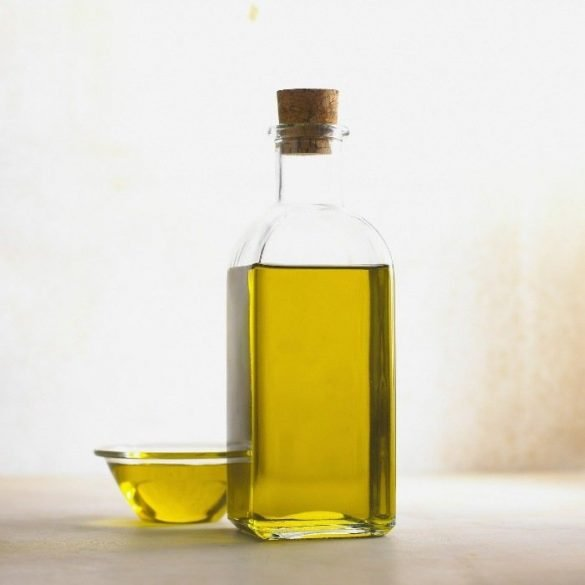 Blog on Life Homemade scalp and hair mask for dry hair recipe olive oil brown sugar